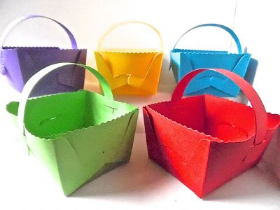 10 x  Easter /Baby Shower Baskets Gift /Favour Box Assorted  BRIGHT Coloured Card